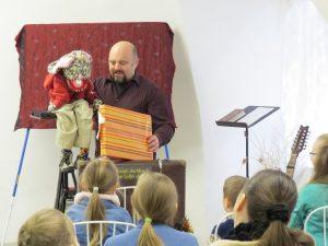 Kinderprogramm im Advent